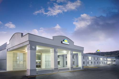 Days Inn Roanoke Airport I-81 Cover Picture