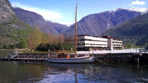 Lærdal Hotel Cover Picture