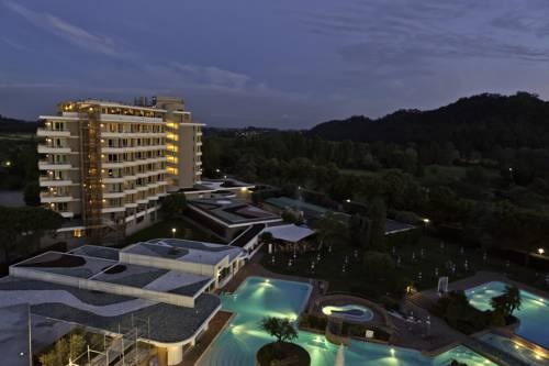 Hotel Splendid Cover Picture