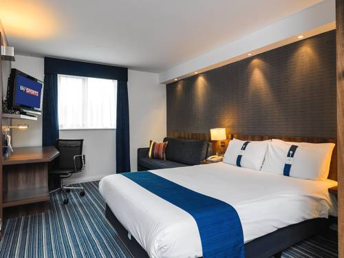 Holiday Inn Express London Gatwick Crawley Cover Picture