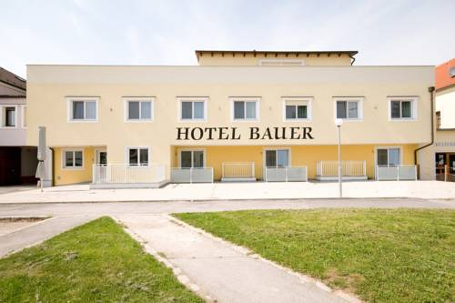 Hotel Bauer Cover Picture