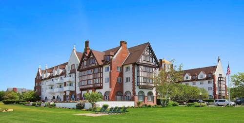 Montauk Manor Cover Picture