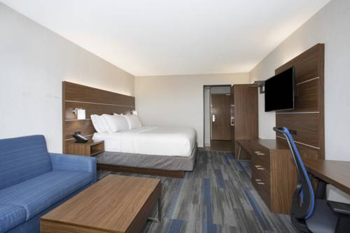 Holiday Inn Express Kansas City - Village West Cover Picture