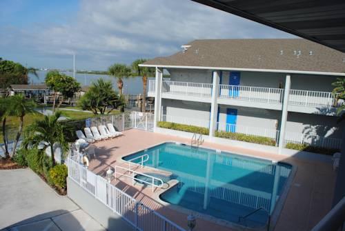 Dockside Inn & Resort Cover Picture