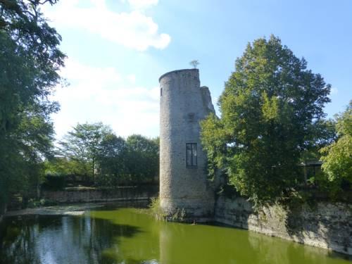 Chateau Zastava Cover Picture