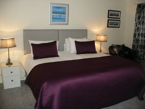 Cherrytrees Bed and Breakfast Cover Picture