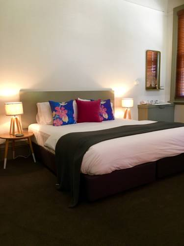 Healesville Hotel Cover Picture