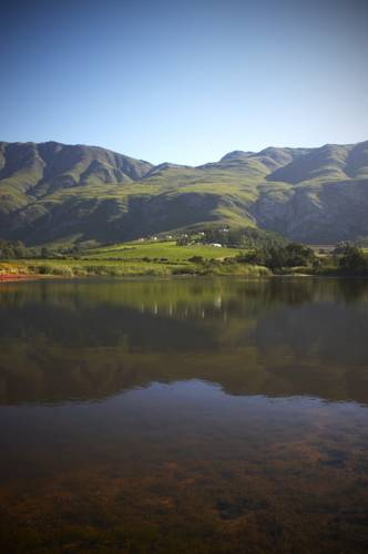 Bushmanspad Estate Cover Picture