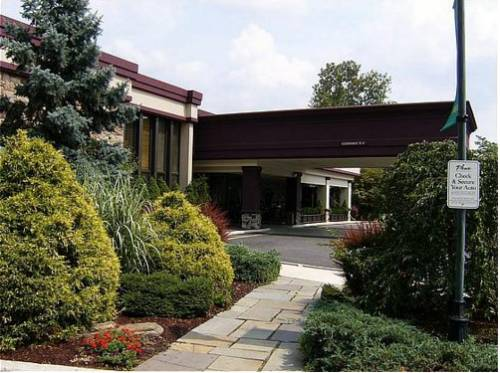 Holiday Inn Mount Kisco-Westchester County Cover Picture