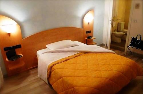 Hotel Mirella Cover Picture