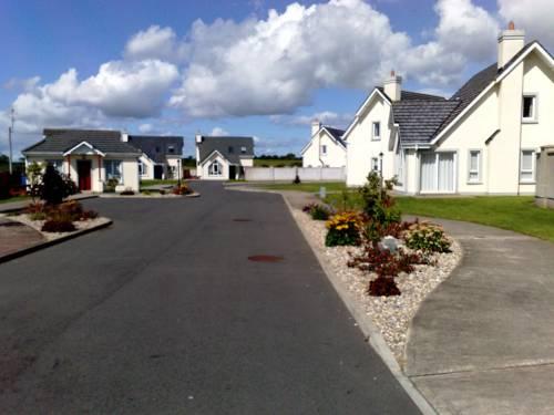 Grange Cove Rosslare Strand Cover Picture