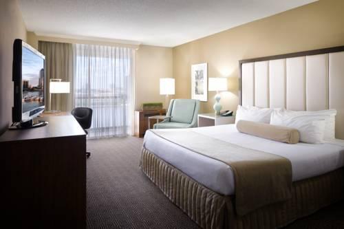 DoubleTree by Hilton Jacksonville Riverfront, FL Cover Picture