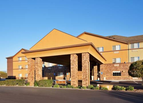 Holiday Inn Express Hotel & Suites Watsonville Cover Picture