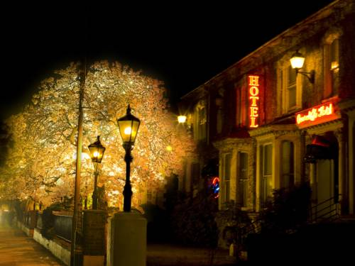 Overcliffe Hotel Cover Picture