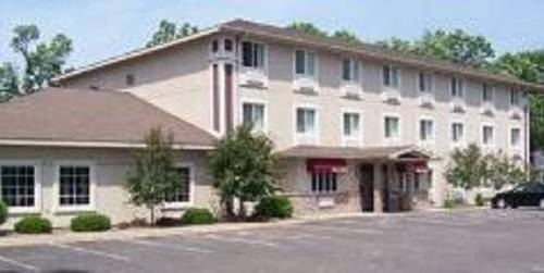 Budget Host Inn & Suites North Branch Cover Picture