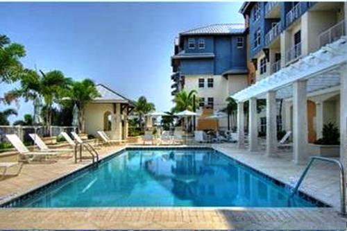 Harborside Suites at Little Harbor Cover Picture