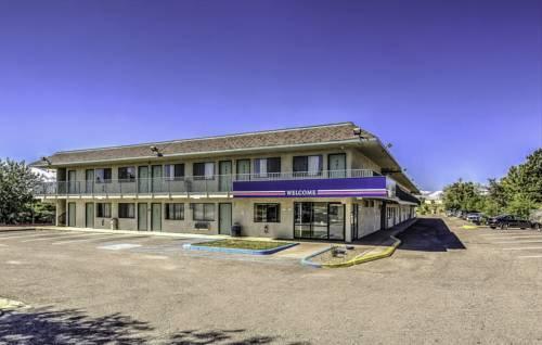 Motel 6 Pueblo - I-25 Cover Picture