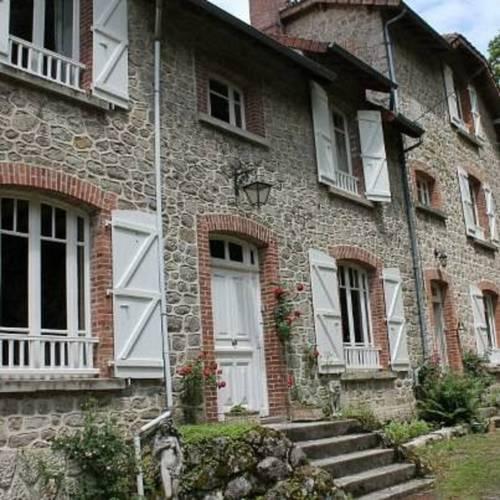 Bon Chez Nous Cover Picture