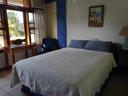 Hotel y Restaurante Cesar Mariscos Cover Picture