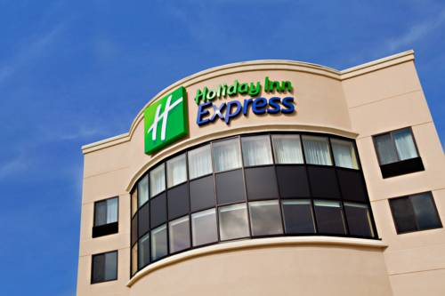Holiday Inn Express Waterloo-Cedar Falls Cover Picture