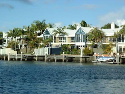 Sanctuary Cove Villas Cover Picture