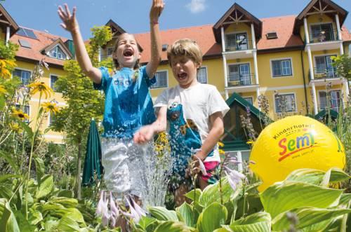 Kinderhotel Semi Cover Picture