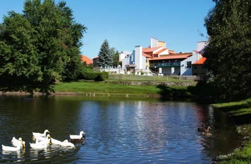 Hotel Cheribourg Cover Picture
