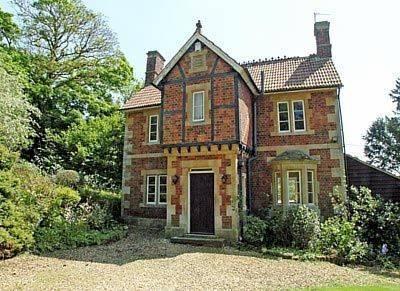 Lex Cottage Cover Picture