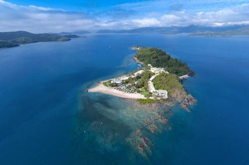 Daydream Island Resort and Spa Cover Picture