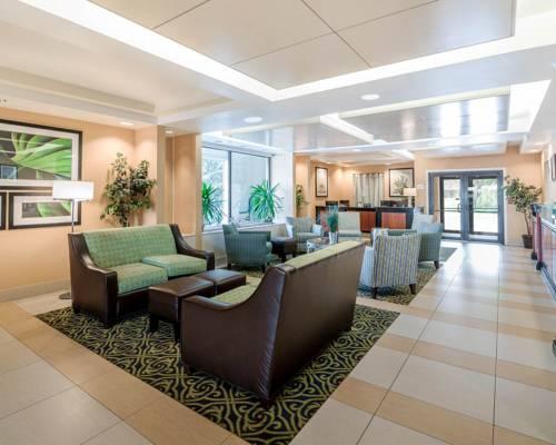Quality Inn & Suites - Boston/Lexington Cover Picture