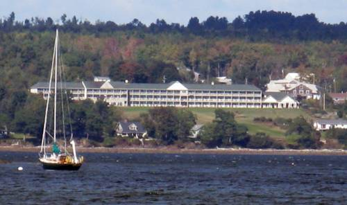 Fireside Inn & Suites Cover Picture