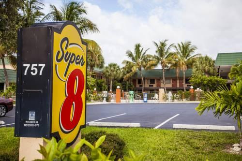 Super 8 North Palm Beach/PGA Boulevard Cover Picture