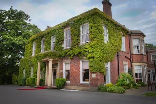 Farington Lodge Hotel Cover Picture