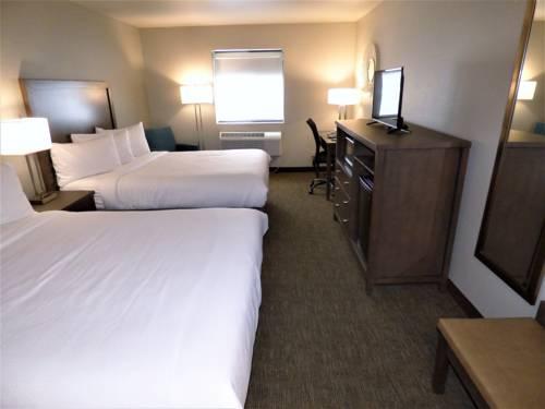 Sandhill Inn & Suites Cover Picture