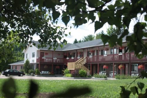 Motel Le Radisson de Val-David Cover Picture