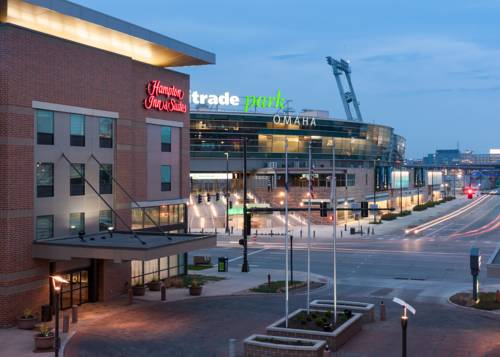 Hampton Inn & Suites Omaha-Downtown Cover Picture