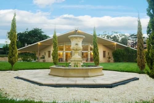 The Gatehouse at Villa Raedward Cover Picture