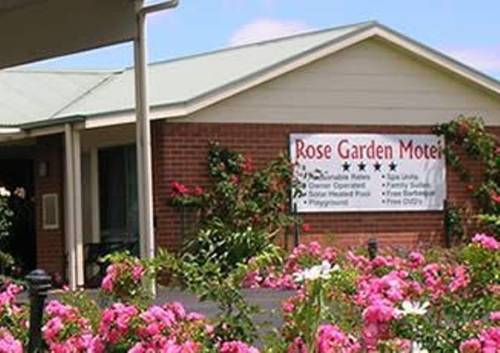 Rose Garden Motel Cover Picture
