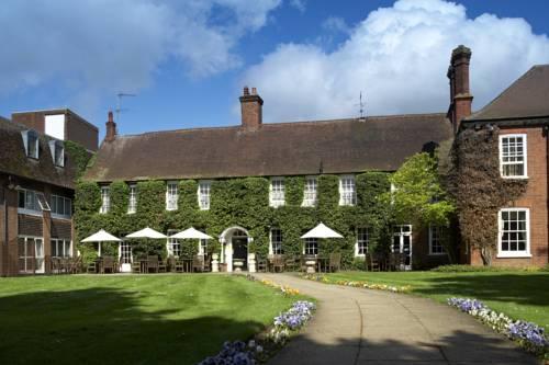 Mercure Farnham Bush Hotel Cover Picture