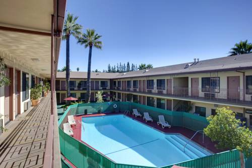 Studio City Courtyard Hotel Cover Picture