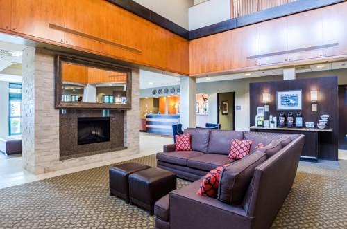 Comfort Inn & Suites Logan International Airport Cover Picture