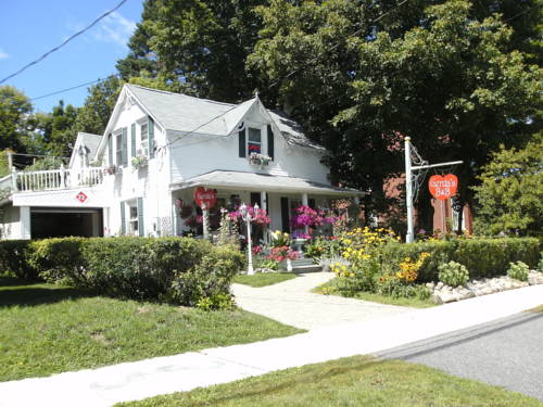 Gerda's Bed and Breakfast Cover Picture