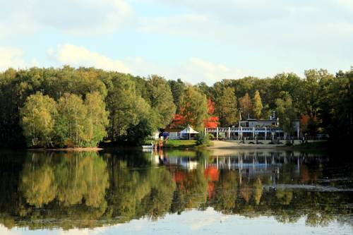 Hotel am Springhorstsee Cover Picture