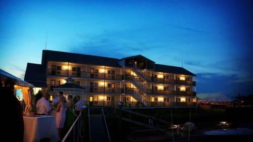 Cape Ann's Marina Resort Cover Picture