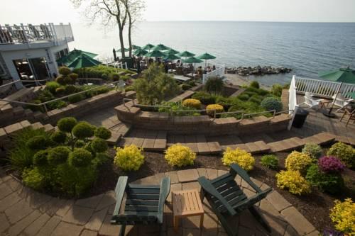 The Lakehouse Inn Geneva Cover Picture