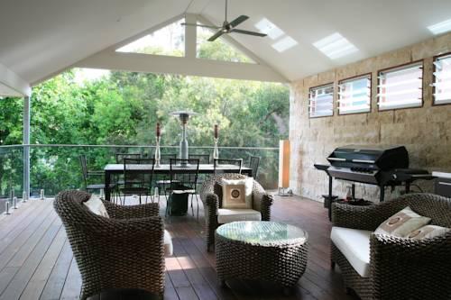 Villa Melbourne Cover Picture