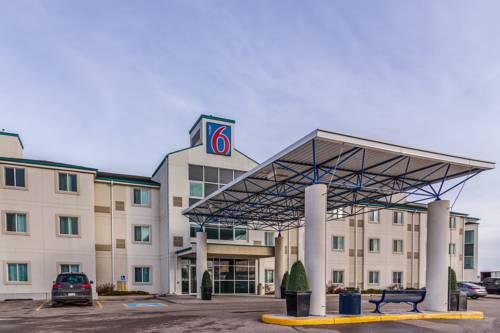 Motel 6 Saskatoon Cover Picture