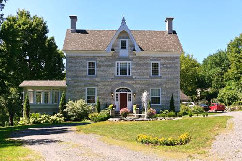 Clyde Hall Bed and Breakfast Cover Picture