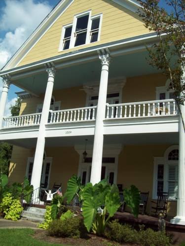 Isabella Bed & Breakfast Cover Picture