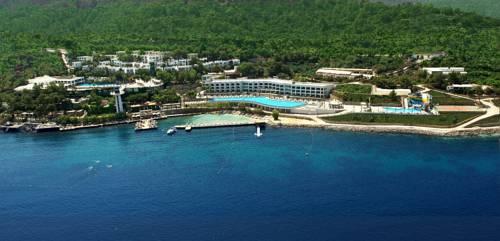 Blue Dreams Resort & Spa Cover Picture